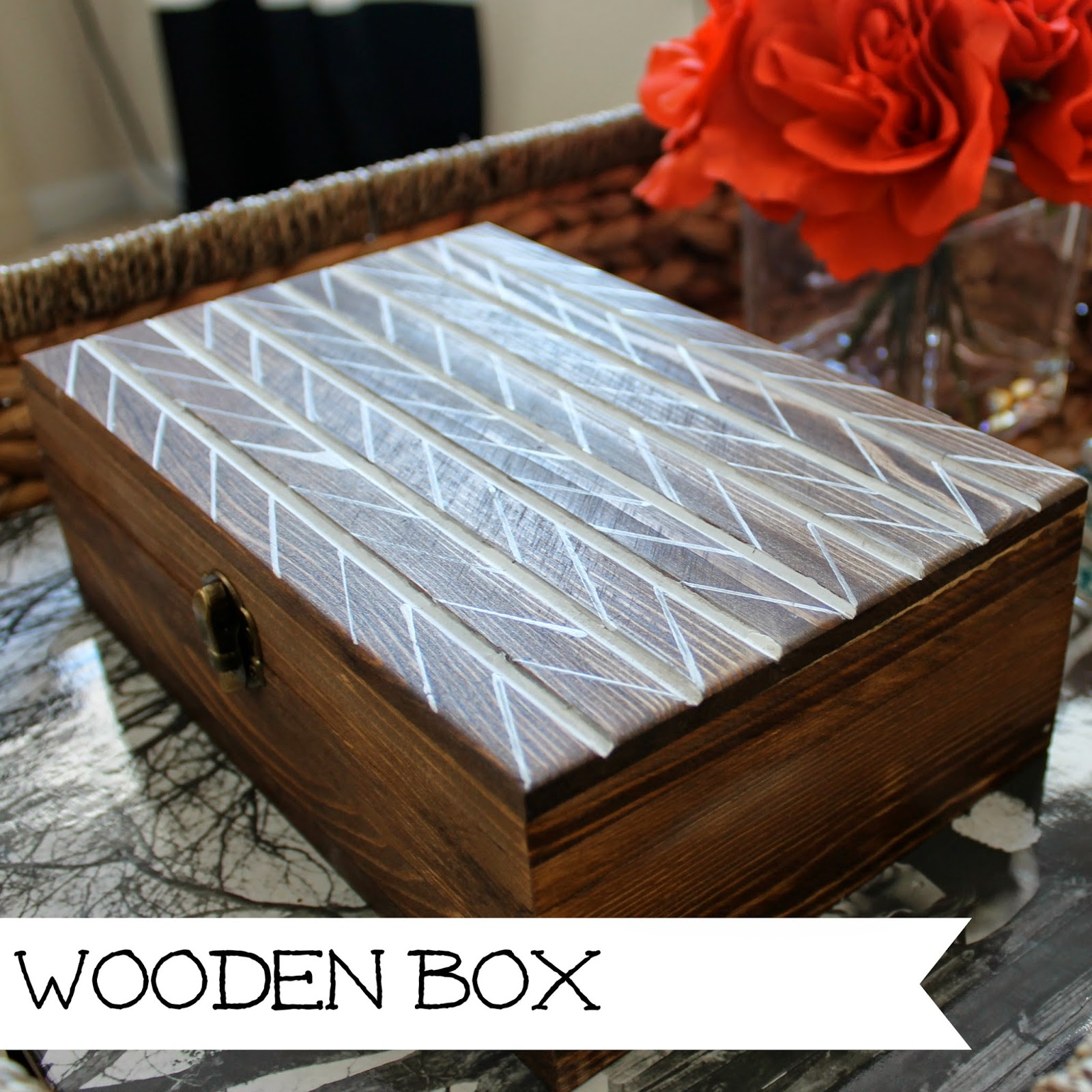 http://wonderfullymadebyleslie.blogspot.com/2014/02/diy-wooden-decor-box.html