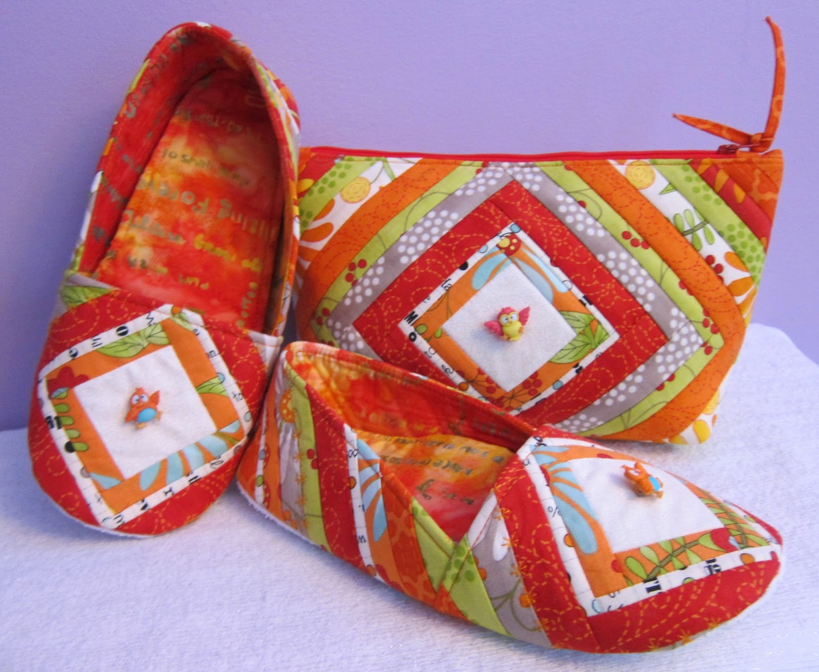 Cool Cats and Quilts: Quilted Mama Bear Slippers & Cosmetic Bag ... : quilted slippers pattern - Adamdwight.com