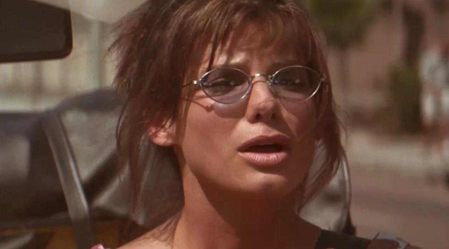 Sandra Bullock - Speed 2: Cruise Control - Snapikk.com