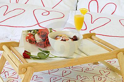Ideas para un desayuno rom ntico consejos para parejas - Preparar desayuno romantico ...