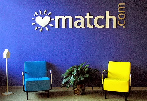 lawsuit against dating site match com Matchcom really does offer dream dates — thousands, if not millions, of profiles are pure fantasy, charges a $15 billion lawsuit the mega-popular dating site is engaging in one of the biggest conspiracies ever executed on the internet, the class-action manhattan federal court suit says the.