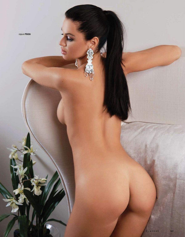 naked italian girls in public