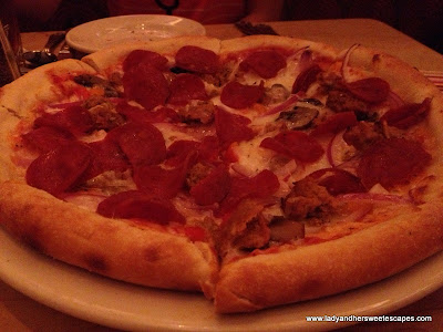 The Cheesecake factory everything pizza