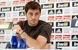 Casillas Felicitó al Barcelona por el titulo de Liga