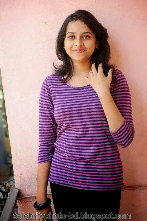 Deshi+girl+real+indianVillage+And+college+girl+Photos018