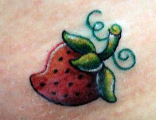 Tatuagens femininas na virilha 4