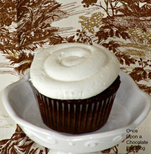Once Upon A Chocolate Life: Chocolate Marshmallow Cupcakes