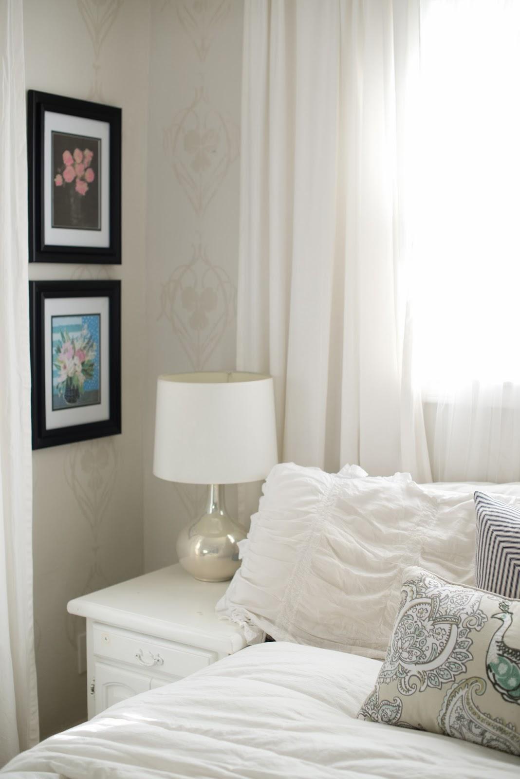 Domestic Fashionista Neutral And Calm Bedroom