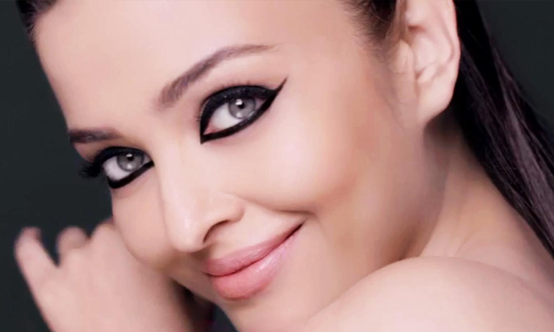 Eyeliner Tricks That Will Make Your Life Easier
