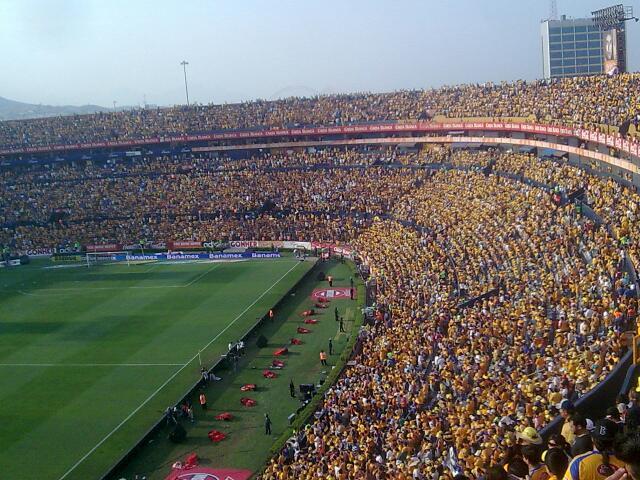 Mayo 2012 tigres futbol for Puerta 9 estadio universitario