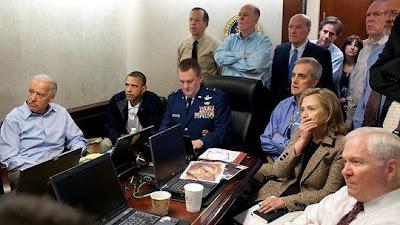 http://2.bp.blogspot.com/-noI1-aqYy3U/TcA-06RzYnI/AAAAAAAAAMs/-VU1dnMf4Ts/s1600/war+room.jpg