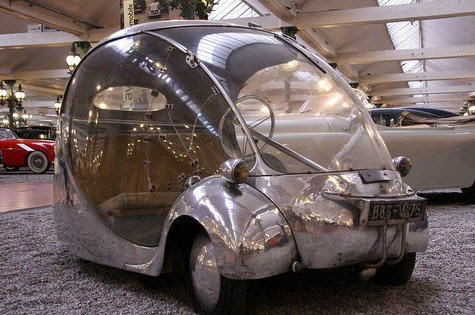 Futuristic Car From the Past!