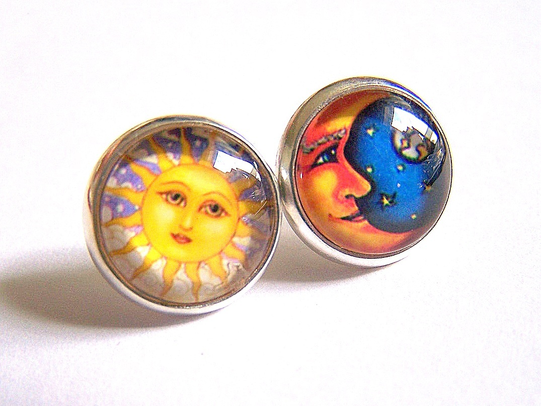 jewelsy happy sun and moon cabochon earring studs