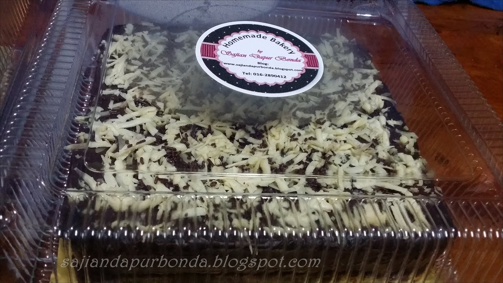 Kek Batik Extravaganza (Topping Chocolate Ganache, dan Cheese)