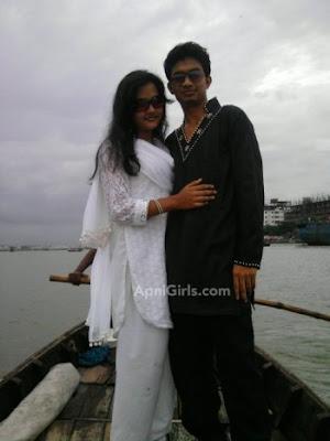 Dhaka girl with her boyfriend enjoying life With Kissing