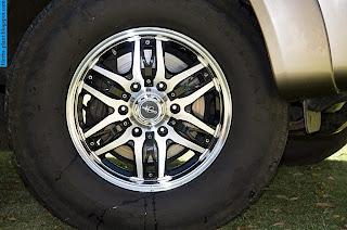 Toyota fortuner car 2012 tyres/wheels - صور اطارات سيارة تويوتا فورتشنر 2012