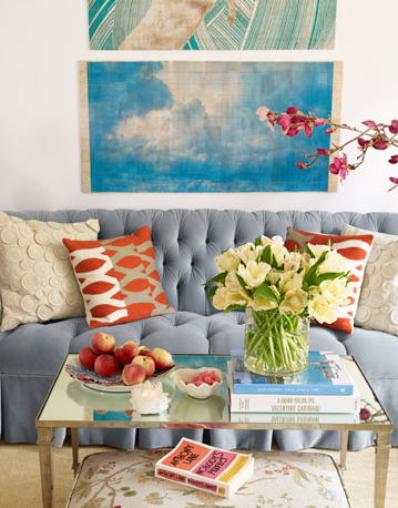 http://2.bp.blogspot.com/-npLK57lRtOU/TbUJcOU8QdI/AAAAAAAANQc/3-JLnmbG1hI/s1600/tufted-blue-sofa-house-beautiful3.png