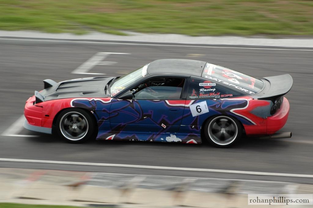 Nissan+180SX+drifting+Mallala+2005+2.jpg
