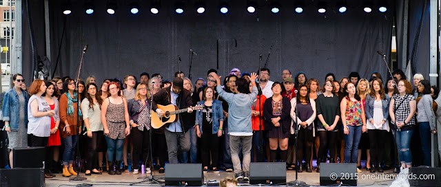 Choir! Choir! Choir! on the South Stage Fort York Garrison Common September 19, 2015 TURF Toronto Urban Roots Festival Photo by John at One In Ten Words oneintenwords.com toronto indie alternative music blog concert photography pictures