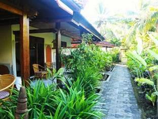 Hotel Murah Lovina - Mega Ayu Homestay