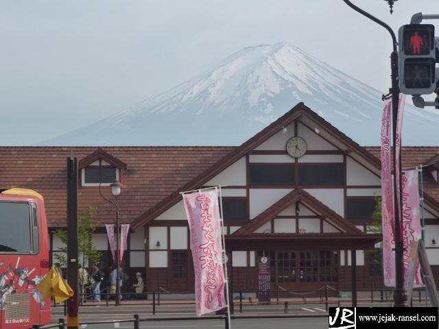 """""""Kawaguchiko Station"""""""