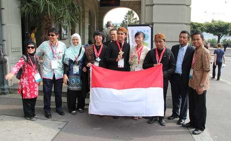 Gede Putra Adnyana Emas Dan Perak Olimpiade Biologi Internasional 2013