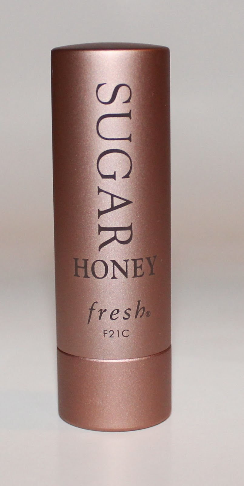 Fresh Sugar Lip Treatment SPF 15 in Honey