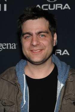 actores de tv Derick Martini