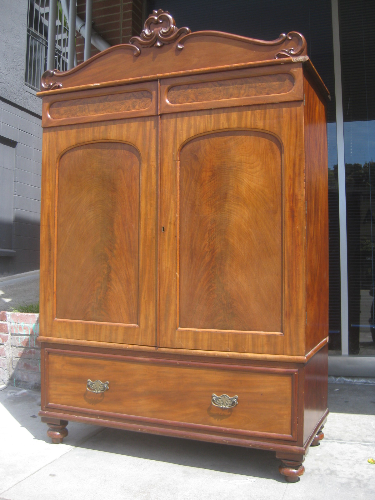 uhuru furniture collectibles sold armoire 150. Black Bedroom Furniture Sets. Home Design Ideas