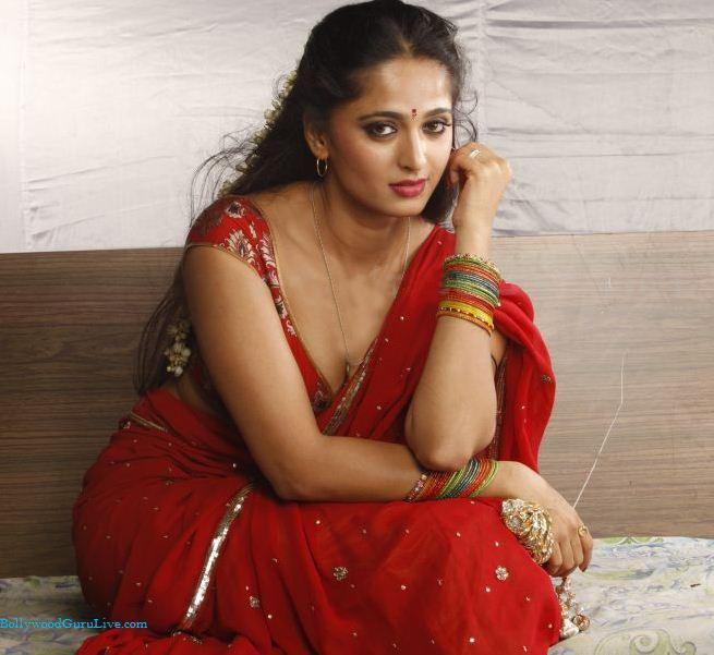 hot saree nude