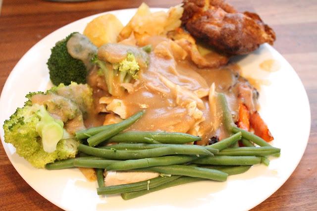 slimming world roast chicken dinner