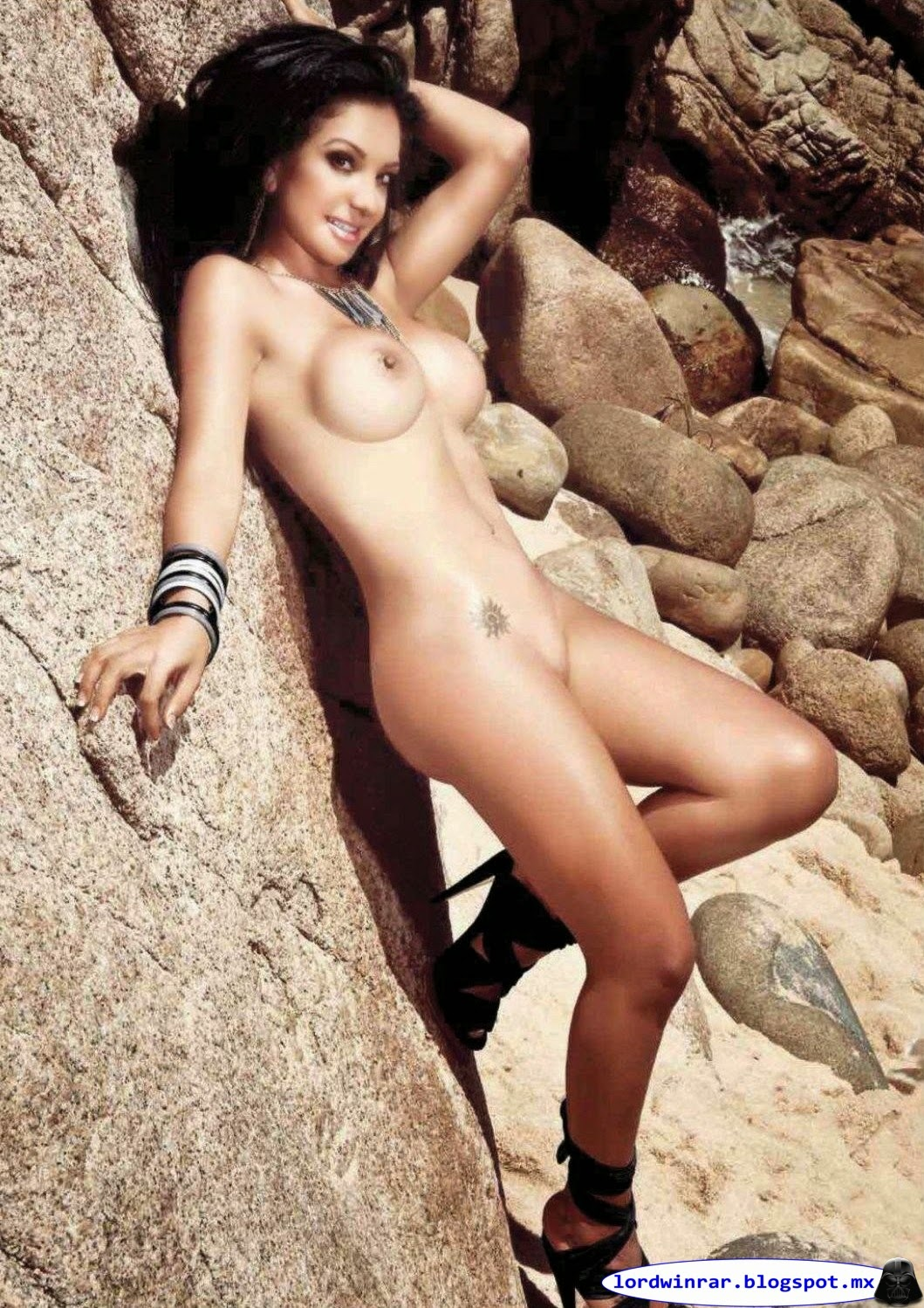 Wanders Lover - Playboy Mexico 2012 Septiembre (40 Fotos ...: http://lordwinrar.blogspot.com/2015/05/wanders-lover-playboy-mexico-2012.html