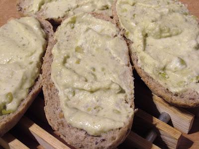 Pasta z cieciorki i białego sera