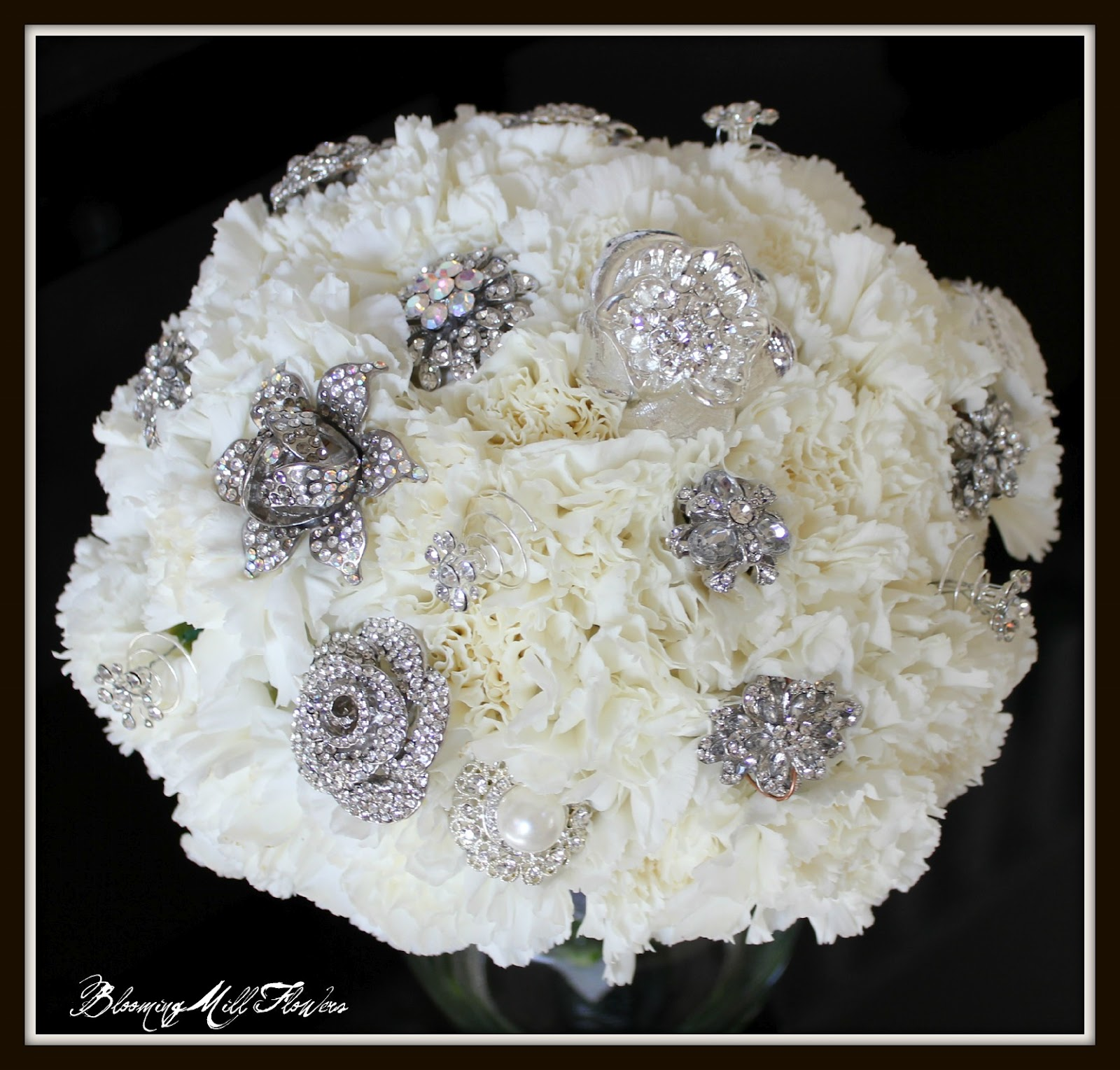 Bridal Flowers With Bling : Bloomingmill every bride needs some bling