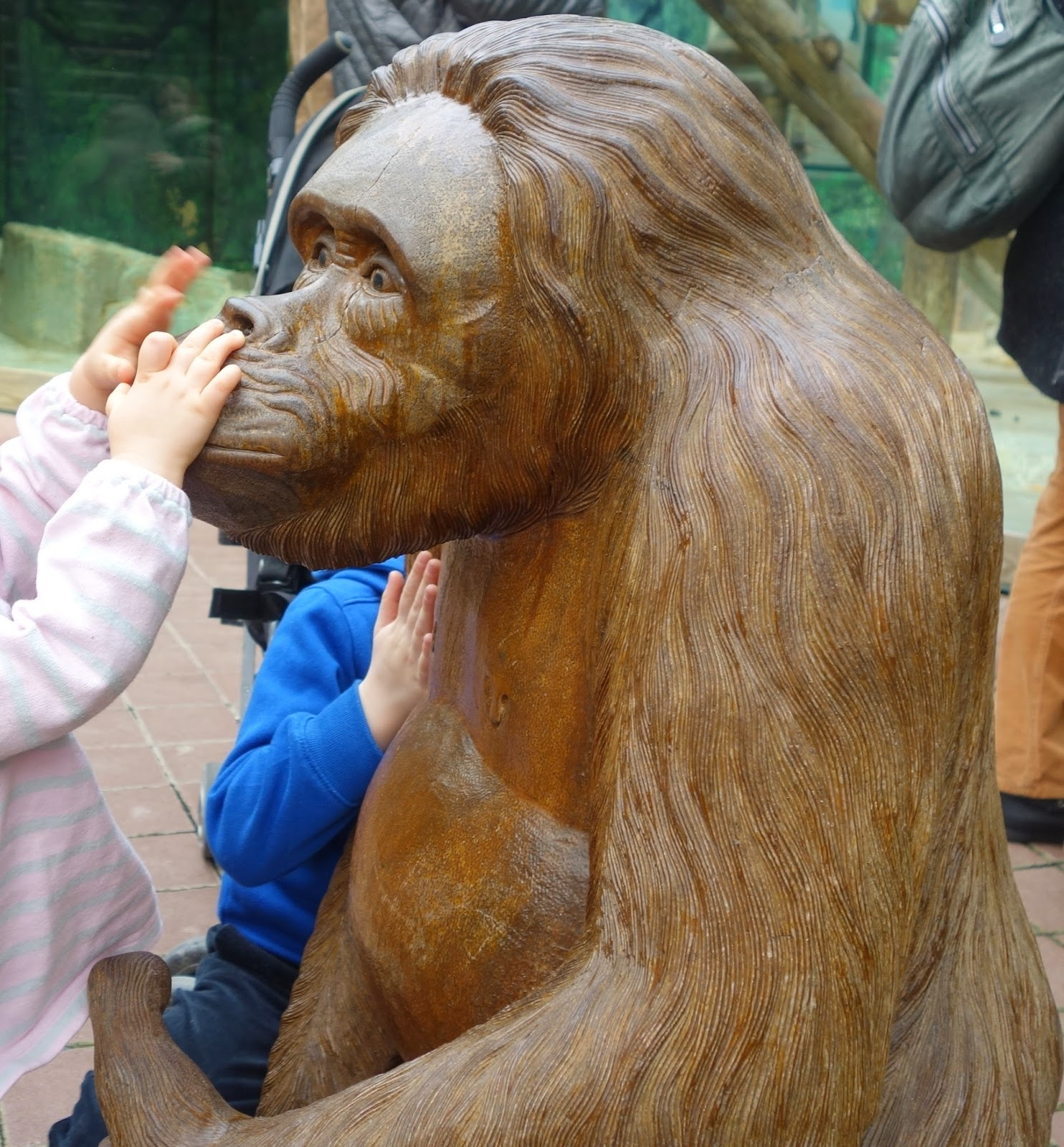 scultpure singe beauval