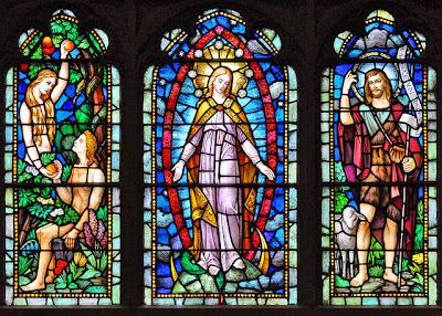 Virgem Maria, no centro, como a nova Eva, e Jesus, como o novo Adão; o 8 º dia da criação - Blessed Sacrament Catholic Church, Ottawa, Canada