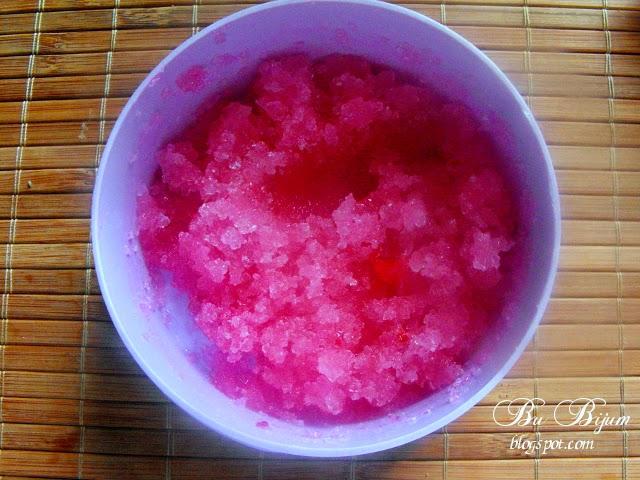 http://bubijum.blogspot.com/2014/05/37-diy-peeling-do-ciaa.html
