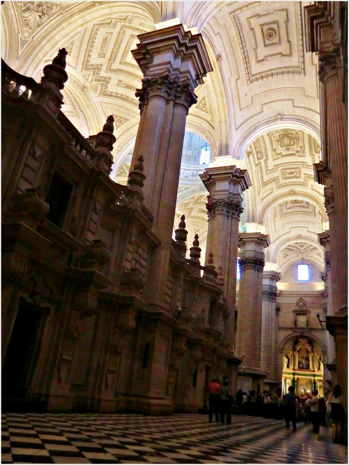Baños Arabes Tirso De Molina: La grandiosa Catedral y los Baños Árabes: dos símbolos de la ciudad