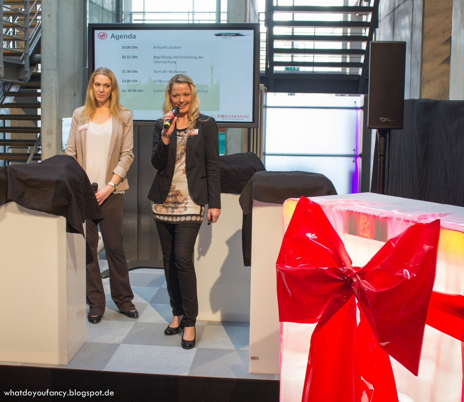 "Rossmann-Blogger-Event: Geheimnis Nr. 2 - die neue ""Rival de Loop Young"" Theke"
