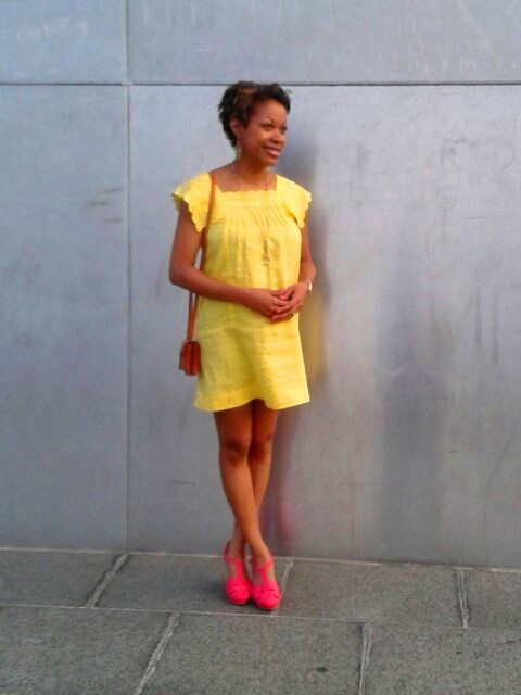 yellow chloe dress; coral shoes