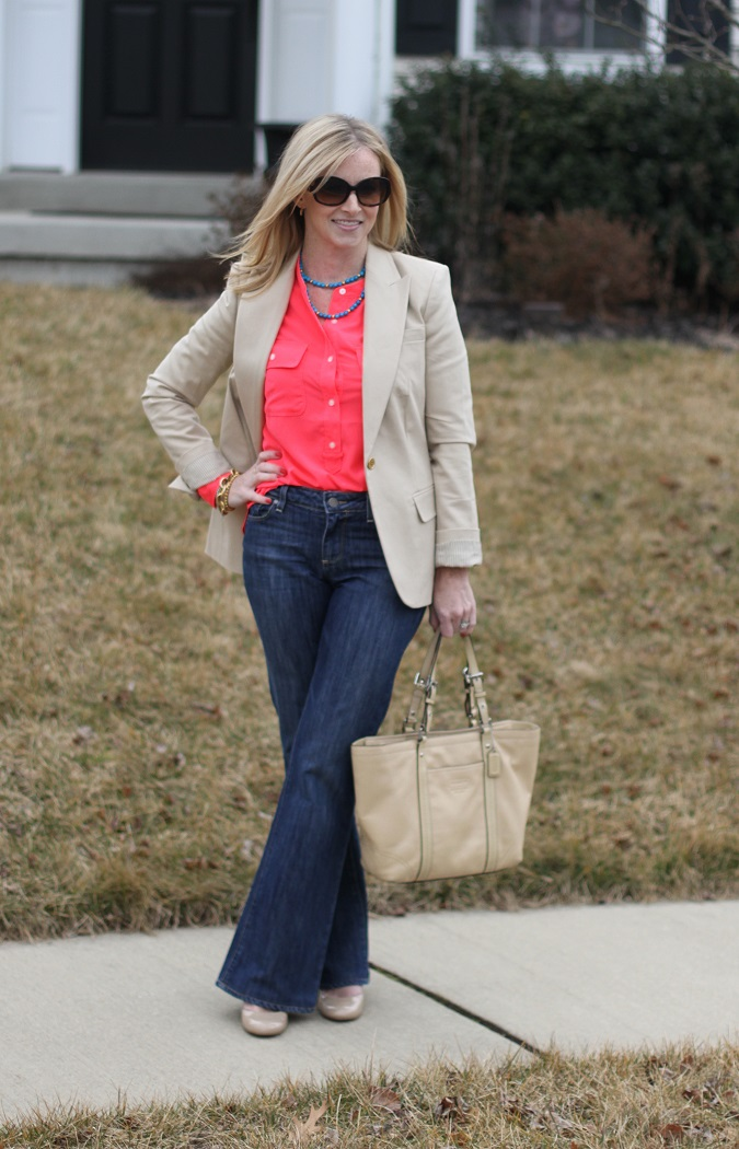 lulu looks, style tips, Vince Camuto, Gap, Paige Denim, Nine West, Coach, Simply Lulu Design, Simply Lulu Style, Loren Hope, Prada, Neon, Neutral,
