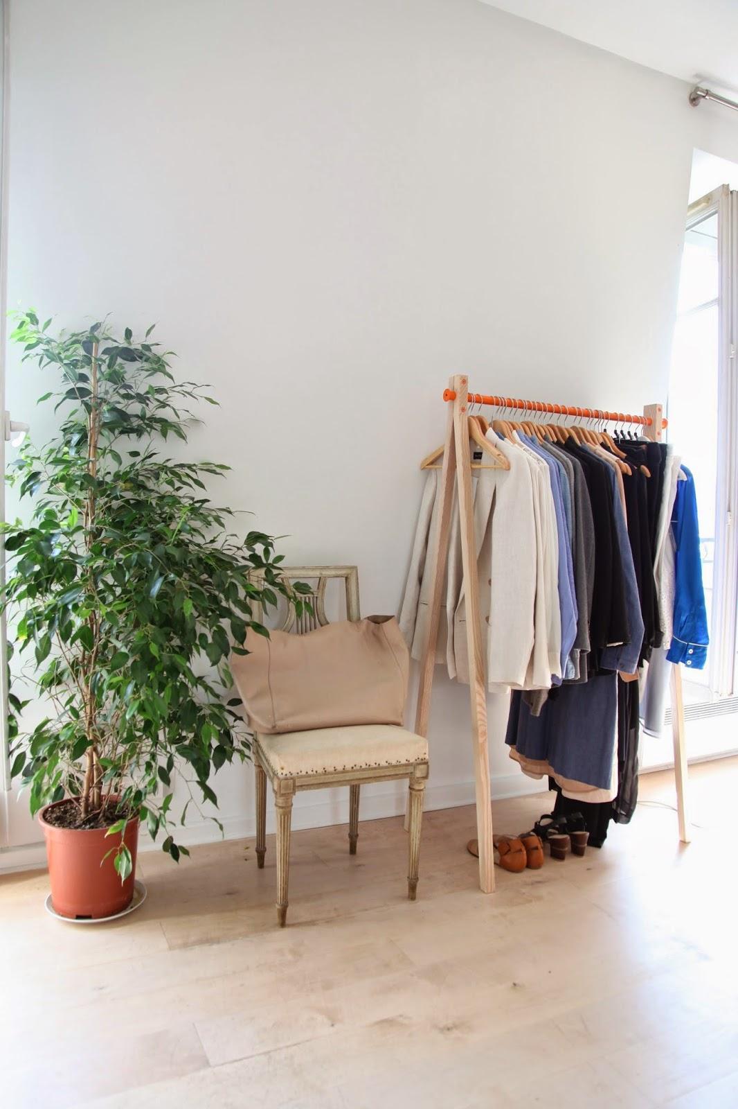 my paris apartment | habitually chic | bloglovin'