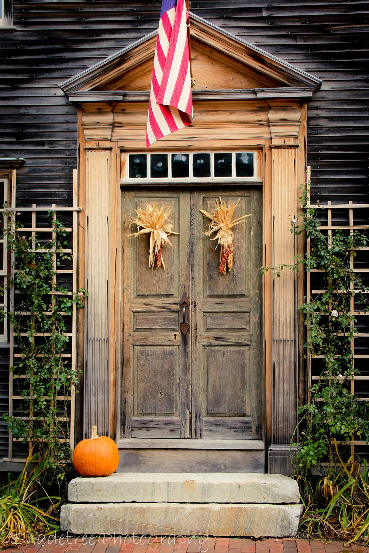 Inspired admired autumn halloween door decorating inspiration - Front door thanksgiving decorating ideas ...