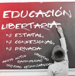 Anarquistas,Anarquista,Anarquismo,Anarquía,CNT FAI,educación,enseñanza,estudiantes,Colegios,Institutos,Universidad,profesores,maestros,CNT AIT , Anarcosindicato, Anarquistas,Anarquista,Anarquismo,Anarquía,CNT FAI,educación,enseñanza,estudiantes,Colegios,Institutos,Universidad,profesores,maestros,CNT AIT , Anarcosindicato,    http://www.facebook.com/pages/Anarquistas/378066755607147 Más allá de la escuela estatal y las luchas laborales, hacia la autogestión de la enseñanza. En el debate en torno a la educación, la única discusión actual está en si debe estar supeditada al poder monopolista del estado y a la gestión de multitud de políticos/as parásitos/as, o si hay que apoyarse en la gestión privada a manos de la iglesia y especuladores/as diversos/as. Pero nosotros/as, como anarquistas, queremos ir más allá de reivindicaciones puramente laborales y economicistas, queremos hacer una crítica al sistema de enseñanza, tanto al estatal como al privado, con una perspectiva de transformación social, nunca de legitimación y mantenimiento de la inoperancia de la educación actual.  Con la lógica capitalista de que las personas están al servicio de la economía, y el vacío ideológico y transformador de las movilizaciones obreras del sector, se da al estado la llave para seguir adaptando las leyes educativas al servicio de la mercantilización de la educación, hacinando a los/as alumnos/as (aumento de las ratios), subiendo las tasas de la Universidad o la FP (elitización de la educación), dejando que sean las empresas quienes subvencionen las becas y las prácticas (privatización y especialización productivista), o reduciendo la contratación de profesorado funcionario, manteniendo interinos/as y abriendo la entrada de externos/as a la educación pública desde empresas privadas (precarización de las relaciones laborales).  Nosotros/as los/as anarquistas creemos firmemente que la emancipación de la clase obrera de sus cadenas va mucho más allá de lo exclusivamente material, y la evol
