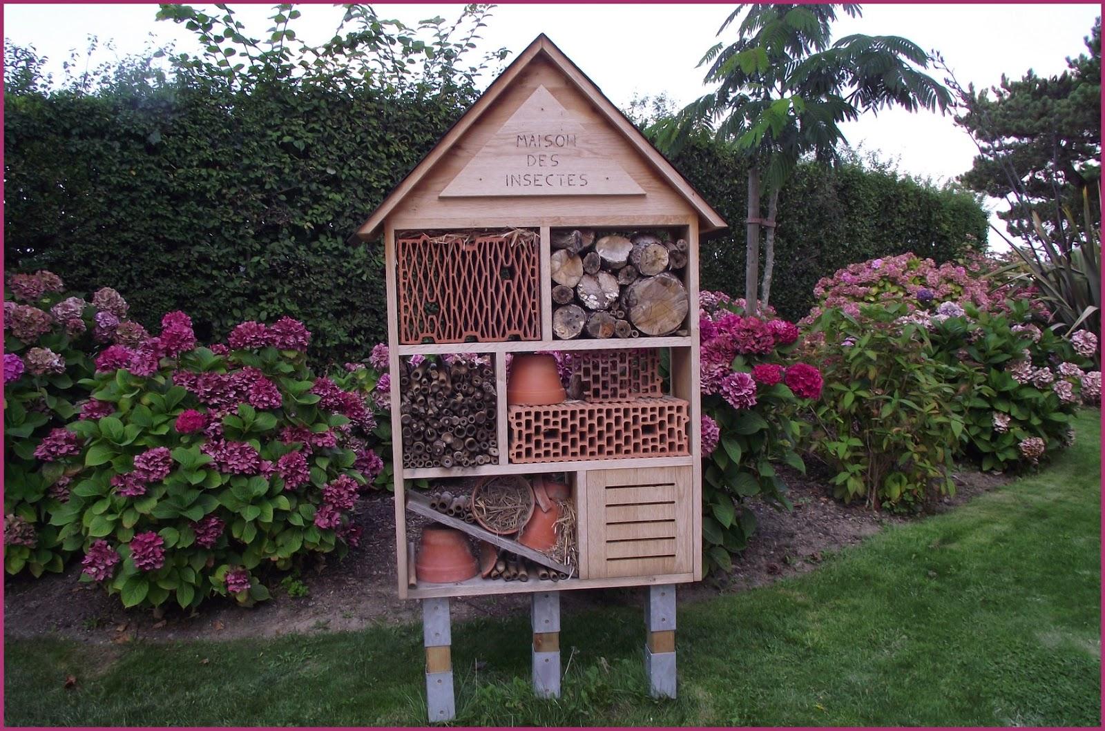 Pigeonnieresplendy2 maison ou h tel pour les insectes - Hotel a insectes nature et decouverte ...