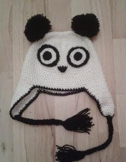 http://translate.googleusercontent.com/translate_c?depth=1&hl=es&rurl=translate.google.es&sl=en&tl=es&u=http://bitsandbobblesblog.blogspot.co.uk/2013/05/crochet-panda-hat-pattern.html&usg=ALkJrhgmDjA90OsHD0BKjAh79eiv8Z2fzw