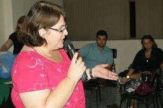 A professora Carmem Lucia Guarilha, Diretora Administrativa da Secretaria Municipal de Educação, comemorou o sucesso da reunião