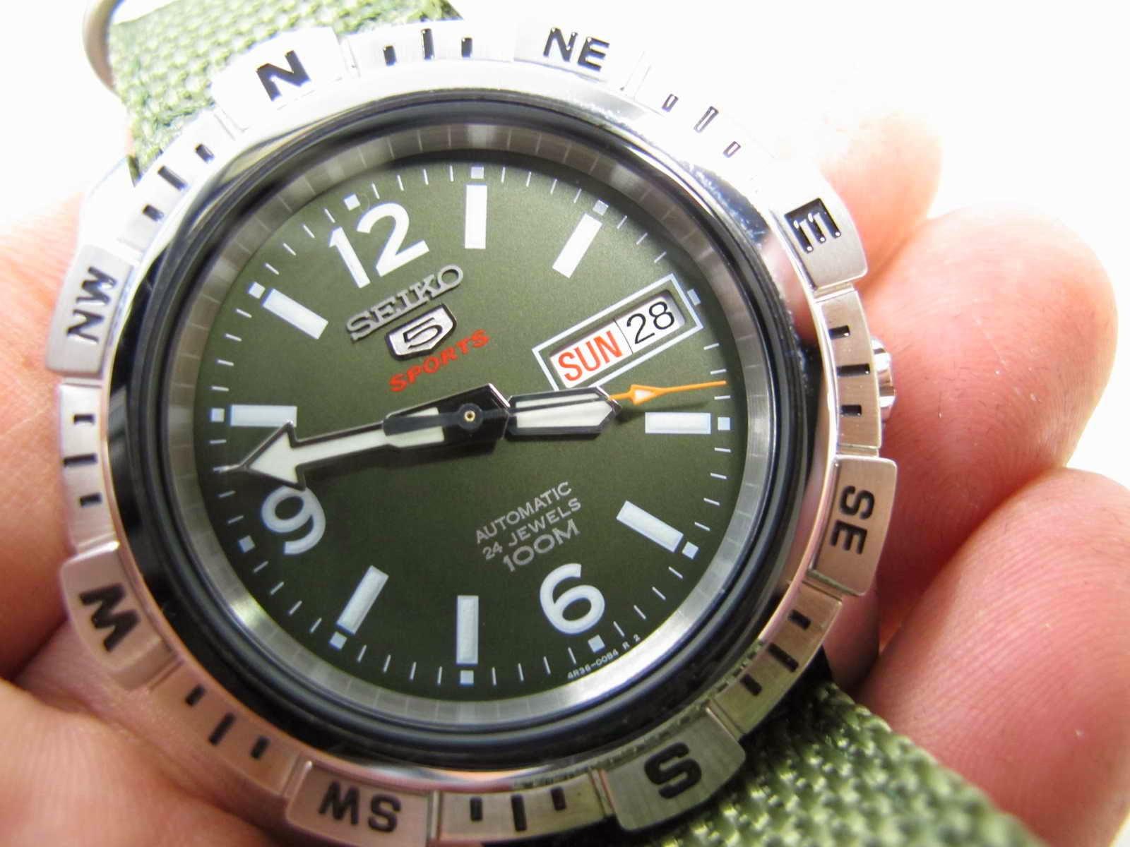 Panjang lug atas ke bawah 48 mm Tebal case 13 mm dan lebar lug 20 mm Kondisi Brand New Watch lengkap dengan box manual dan warranty card