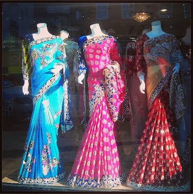 Escaparáte de ropa hindú en Bethnal Green