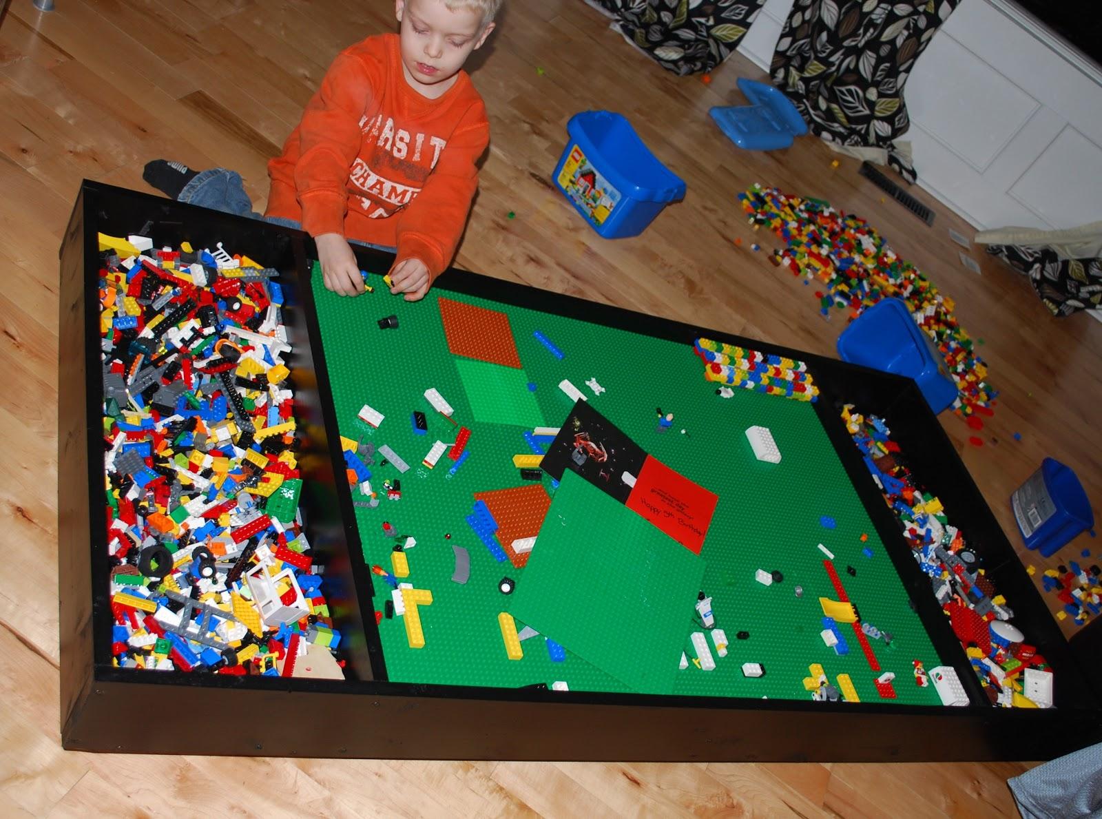 35 diy lego table storage ideas you simply cant resist 32 33 solutioingenieria Gallery